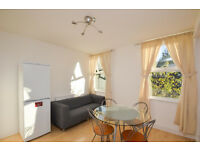 Bright one bedroom flat in West Ealing!