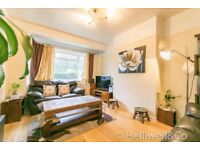 Ground Floor Maisonette – Private Entrance – Two Double Bedrooms – Furnished / Unfurnished