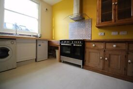 Spacious and well presented upper maisonette a short walk to the Tube