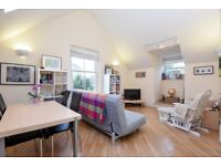 A modern 1 bed flat in central Wimbledon with underground parking. The Courtyard, Alt Grove SW19