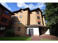 Large Two Double Bedroom First Floor Flat close to Crystal Palace Station - Available NOW