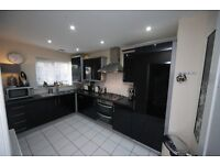 2 x Large, Modern, Double Bedrooms to Rent in Saltney, Chester Monday to Friday