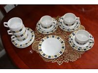 Vintage Grindley tea set + extra plates