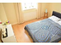 Double room in Mitcham. Available now.