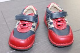boys kids shoes size 20 or 4 UK new without tag