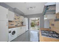 *BRAND NEWLY REFURBISHED* 4 DOUBLE BEDROOM, TWO BATHROOM, TERRACED HOUSE WITH GARDEN AVAILABLE NOW!