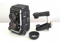 Mamiya C330 medium format film camera with accessories