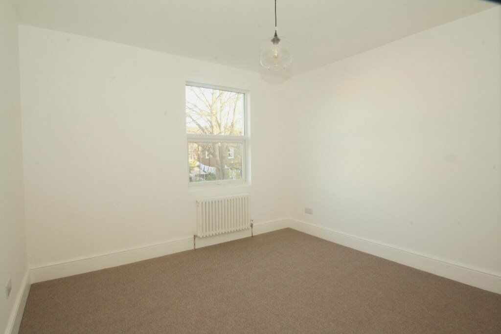 STUNNINGLY REFURBISHED FLAT TO RENT IN A GREAT LOCATION OF HARLESDEN!