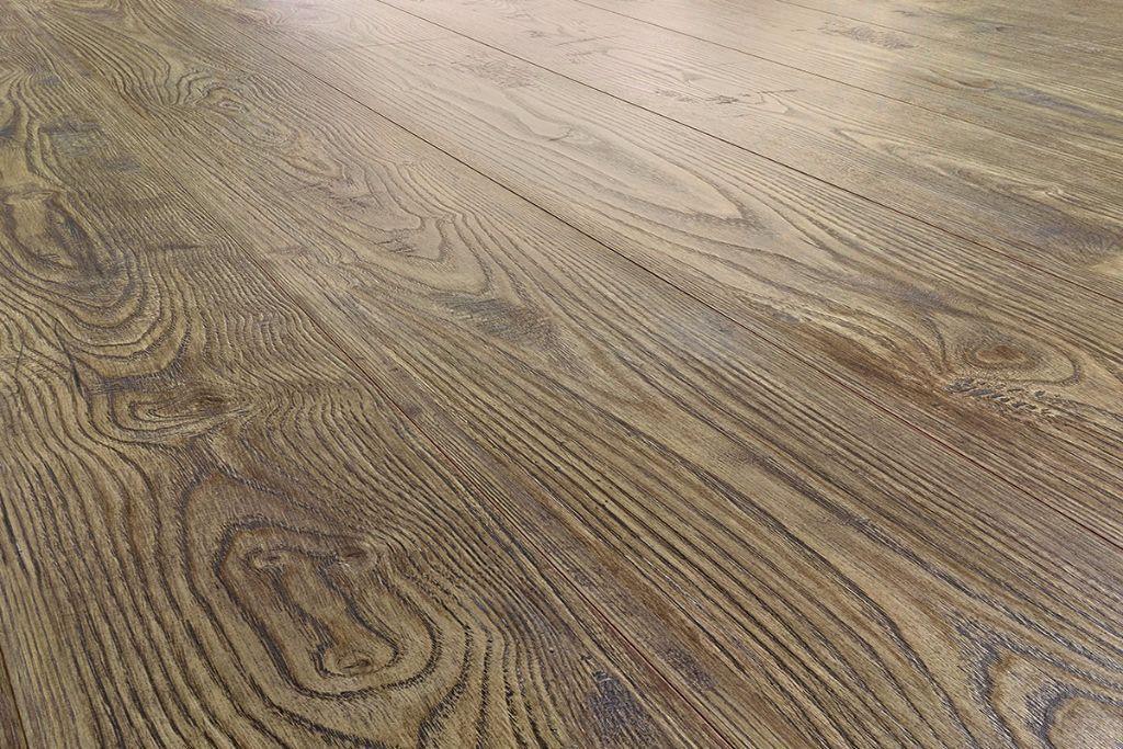 Swiss Made Premium Wood Laminate Flooring With Underlay Insulation