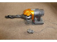 DYSON DC16 CORDLESS HANDHELD VAC. EXCELLENT CONDITION IN FULL WORKING ORDER, BRAND NEW BATTERY