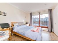 CONTEMPORARY STUDIO APARTMENT WITH BALCONY SET IN THE HEART OF CAMDEN TOWN- ALL BILLS INCLUDED