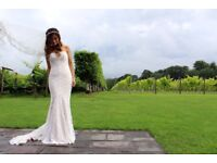 Watters Pippin Wedding Gown - Size 6