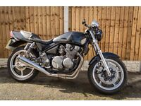 Kawasaki Zephyr ZR550 Cafe racer/ Flat Tracker Project PRICE DROPPED