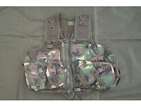 NEW - Military Grade ARKTIS Assult / Tactical Vest in Woodland Camo (rolls royce of tactical vests)
