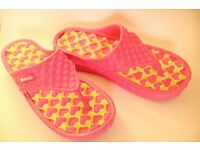 Absolutely funky flip flops size UK7 - EUR 40