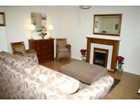 2 bedroom property in tree lined avenue in Kings Park, Stirling