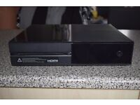 Microsoft Xbox One 500GB Black Console + Kinect, 5 games & Play and Charge Kit
