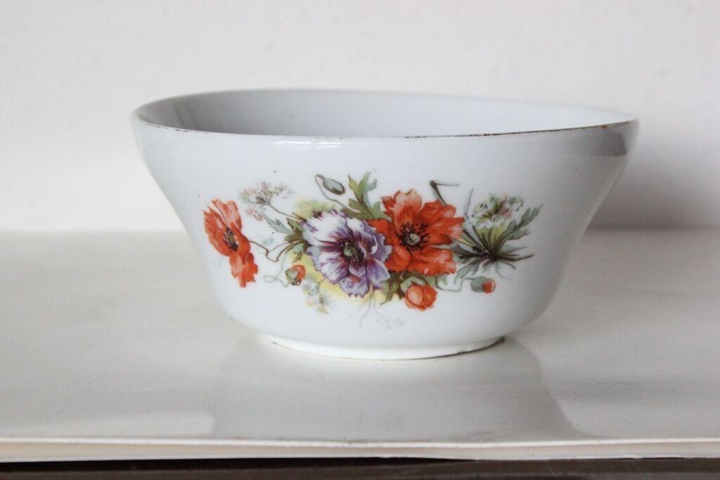 Vecchia ciotola in ceramica ciotolina zuccheriera inglese