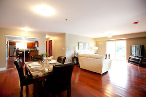 Luxury 3 Bedroom Apartment in Kingston's West End