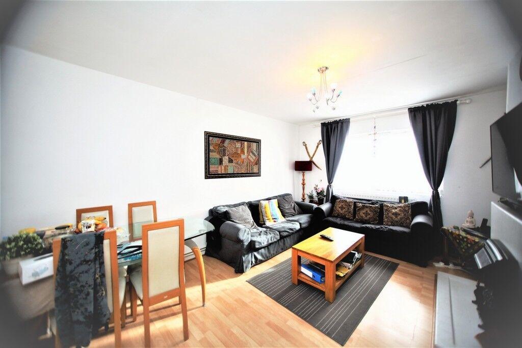 2 bedroom flat in Kingsbury Road, Colindale, NW9
