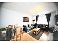 2 bedroom flat in Kingsbury Road, Colindale, NW9