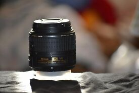selling my new nikon 18-55mm VR 2 lens in mint condition and warranty