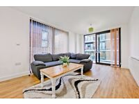 SOUGHT AFTER Maple Quays Development: Two bed apartment with gym and concierge seconds from tube