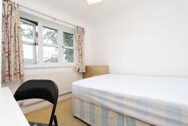 🌼 CANARY WHARF • Double Room • Available Now • 0 Deposit Available •