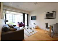 Spacious 1 bedroom with underfloor heating, 24H concierge available in Roman House, Wood Street RH1B