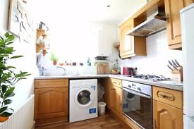 WALTHAMSTOW VILLAGE E17 FANTASTIC TWO BED FIRST FLOOR GARDEN FLAT IN THE HEART OF THE VILLAGE £346PW
