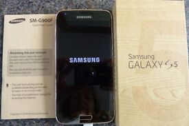 Samsung Galaxy s5 mobile for sale - beautiful phone, perfect condition