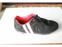 Girls Rugby Boots Size 38 / UK 5