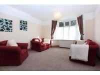 Lovely 2 bed (sleeps 5), 2 b'rm, big lounge, kitchen, GFF min 7 nights, Southbourne, Bournemouth