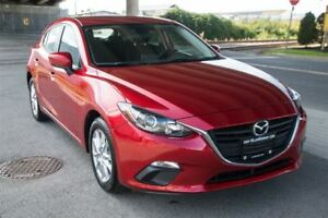 2015 Mazda MAZDA3 SPORT GS Only 18000 Km Langley Location!