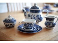The Blue Willow Tea set Collection by Churchill (30 Pc)