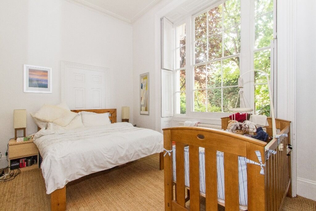 Huge and immaculate 2 bed at the Shrubbery, Lavender Gardens