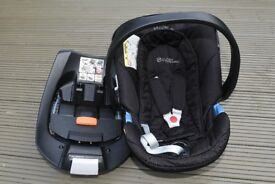 Cybex Aton baby car seat and Isofix base - black