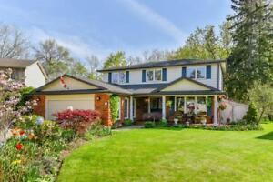 14 NANCY Court Waterdown, Ontario
