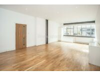 2 bedroom flat in Chocolate Studios, Shepherdess Place, Islington, N1
