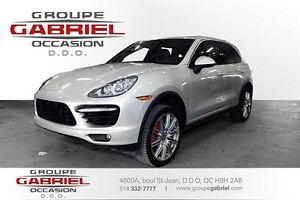 2011 Porsche Cayenne Turbo * BACKUP CAMERA * PARKING SENSORS *