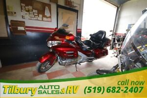 2008 Honda Gold Wing LIKE NEW MUST SEE !!