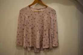 Bershka´s nude blouse. Size S.