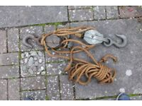 Heavy duty block and tackle.
