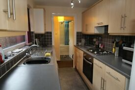 Fantastic Student 3 Bed Property to Rent - Only £75 per room - NO DEPOSIT!!