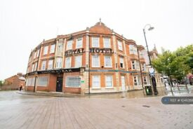 1 bedroom in Market Place, Kettering, NN16 (#1048268)