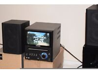YAMADA 7 INCH TV/USB FREE VIEW BUILT IN/RADIO/AUX IN WITH SPEAKERS CAN SEE WORKING