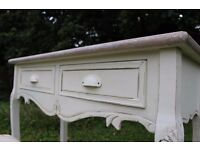 Off-White Vintage Shabby Chic Dressing Table with Matching Seat