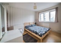 NICE ROOM IN WHITECHAPEL TO RENT - ZONE 2 -CALL ME AND MOVE IN TODAY
