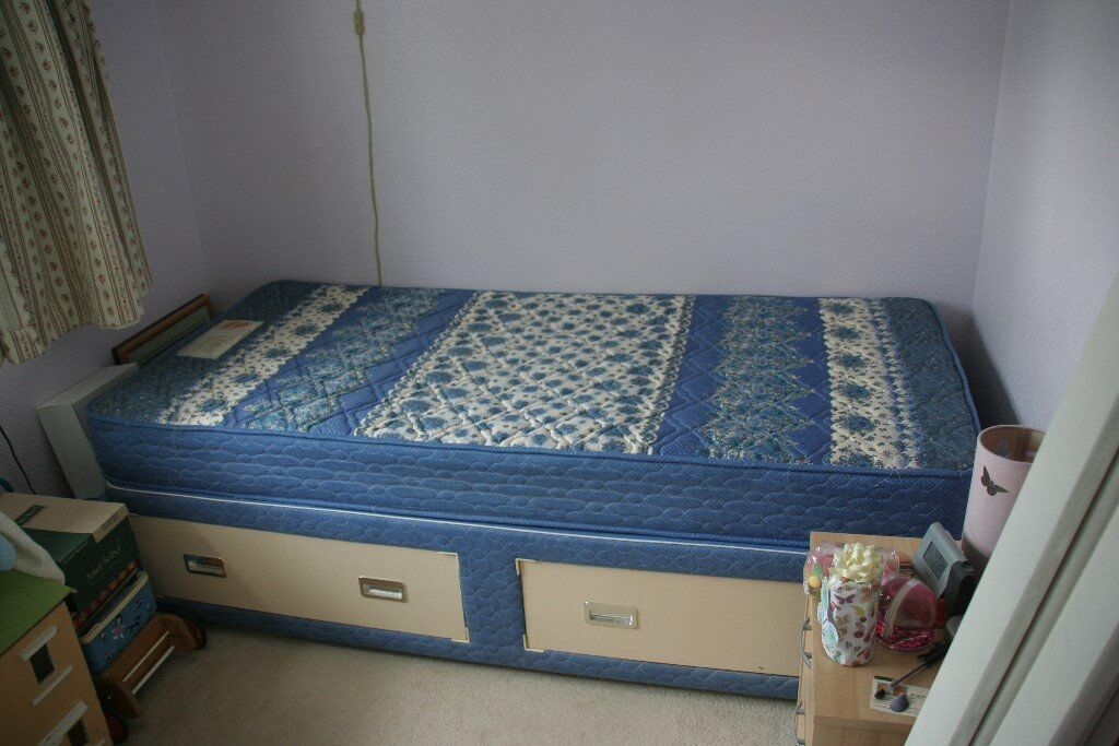 A single bed free to a good home