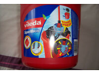 Vileda Mop and Bucket - Brand New - Super Macio